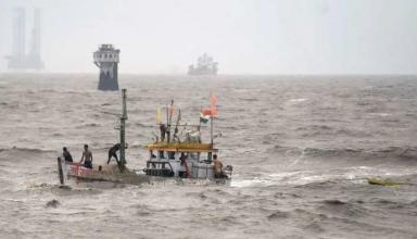 चक्रवाती तूफान में बदल सकता है 'यास', अलर्ट पर Navy और कोस्ट गार्ड
