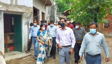 ग्रामीण क्षेत्रों में कोविड संक्रमण पर प्रभावी रोक लगाने के  उद्देश्य से नोडल अधिकारी लगातार फील्ड पर, लिया व्यवस्थाओ का जायजा