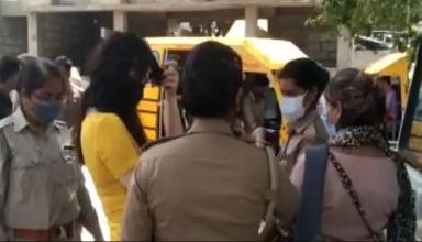 होटल के कमरे से दो विदेशी युवती समेंत चार लड़कियों को पकड़ पुलिस ने किया हाई प्रोफाइल जिस्मफरोशी रैकेट का खुलासा, ऐसे होती थी डील