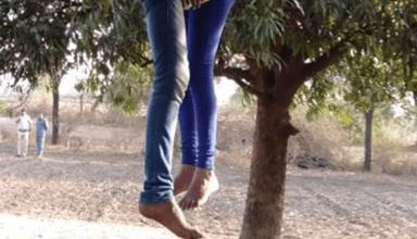 शादी ना हो पाने की वजद से प्रेमी जोड़े ने पेड़ से लटककर की आत्महत्या, अलग समाज से होने के कारण नहीं हो सकी शादी