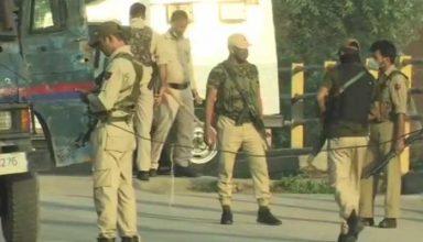 जम्मू-कश्मीर में सुरक्षाबलों को मिली बड़ी सफलता, दो आतंकी ढ़ेर, दो जवान घायल