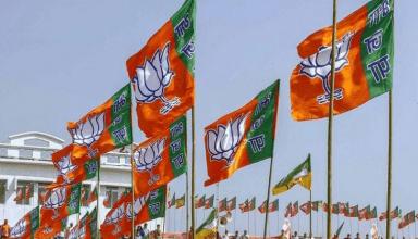 जिला पंचायत अध्यक्ष चुनाव: ज्यादा से ज्यादा जिलों में खिला कमल, मैनपुरी में भी हुआ बड़ा उलटफेर